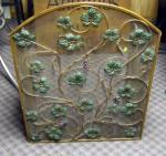 ANTIQUE BRASS WIRE MESH ARTSY LEAVES & GRAPES FIREPLACE SCREEN.. - $210 (MENTOR/CONCORD,OHIO )