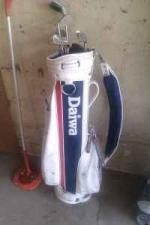 golf bag and some golf clubs - $30 (springfield)