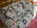 Love Seat - $115 (Chillicothe)