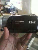 Panasonic HDC-SD9 AVCHD 3CCD Flash Memory High Definition Camcorder (worth1000$$)