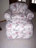 Very nice chair and ottoman - $225 (Enid, OK.)